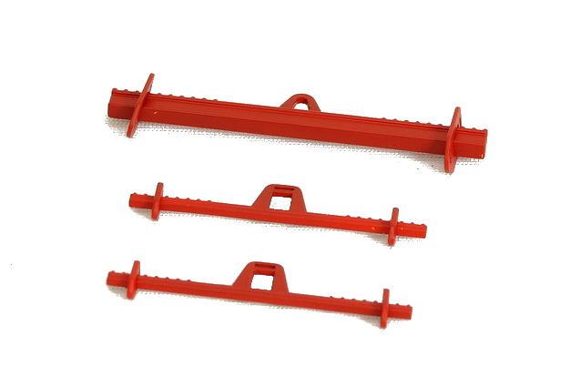 Adjustable Lifting beam with cross beams 64 ton rojo, YCC Models yc701-1 escala 1/50