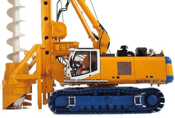 Bauer BG 40 Perforadora Bymo 25009 escala 1/50