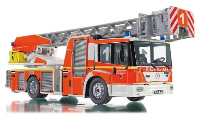 Bomberos -Autoescala L32 Metz (MB Econic), Wiking 1/43 043102