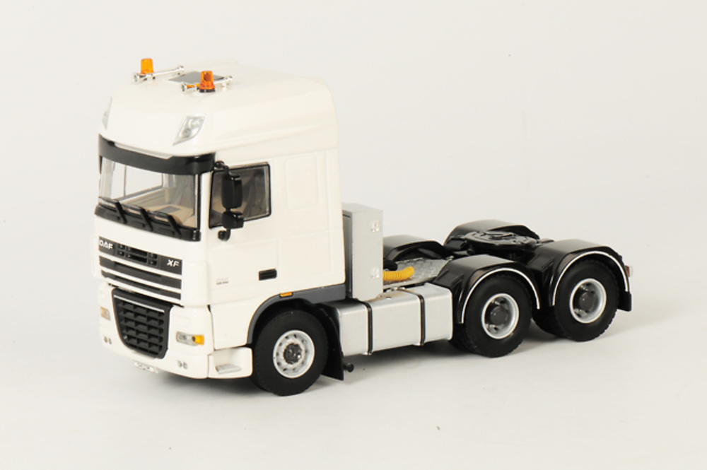DAF XF 105 Super Space Cab 6x4, Wsi Collectibles 1/50