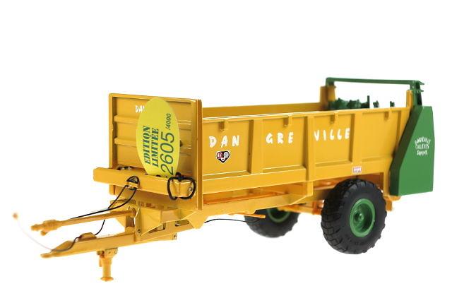 Dangreville DC 7000 remolque classico, Ros Agritec 1/32 60222