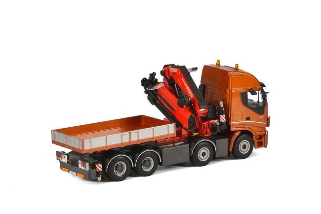 Iveco Stralis Fassi 1100 + Ballast box Wsi Models 04-1167