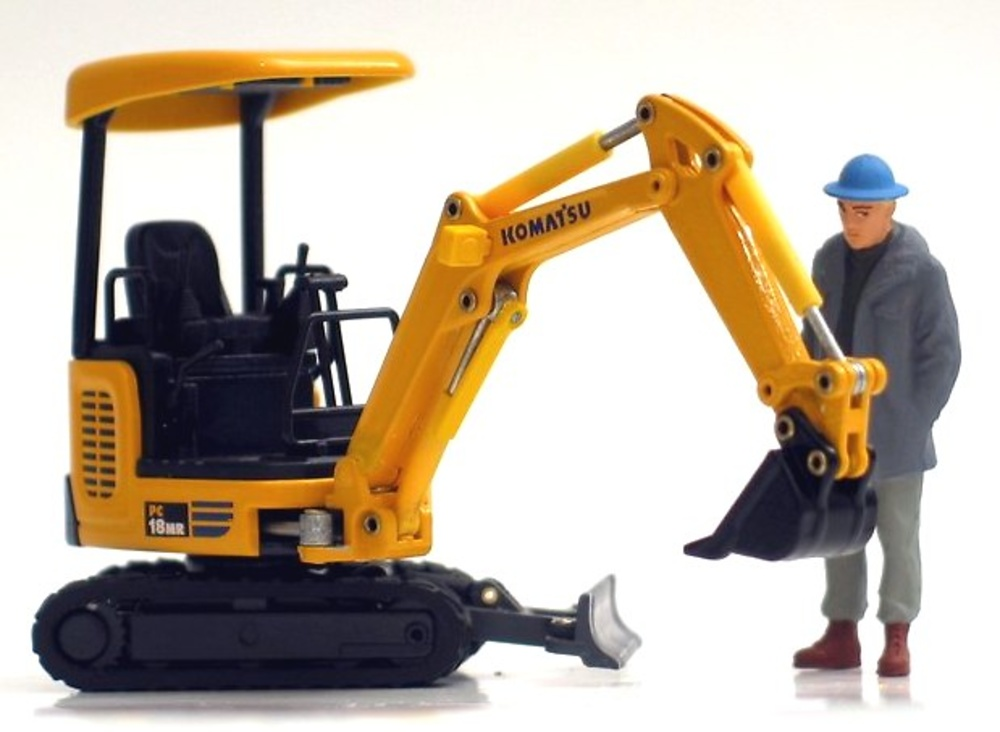 KOMATSU PC18MR Old Cars 1/32