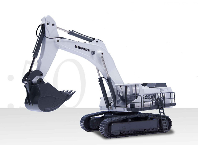 Liebherr R9100 excavadora, Conrad Modelle 2941 escala 1/50