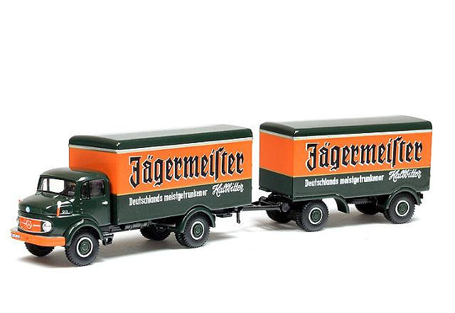 MB L911 Camión c/remolque Jägermeister Bub 07700 escala 1/87
