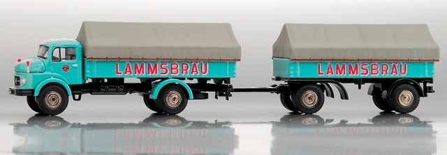 MB L911 Camión c/remolque Lammsbräu Bub 1/87