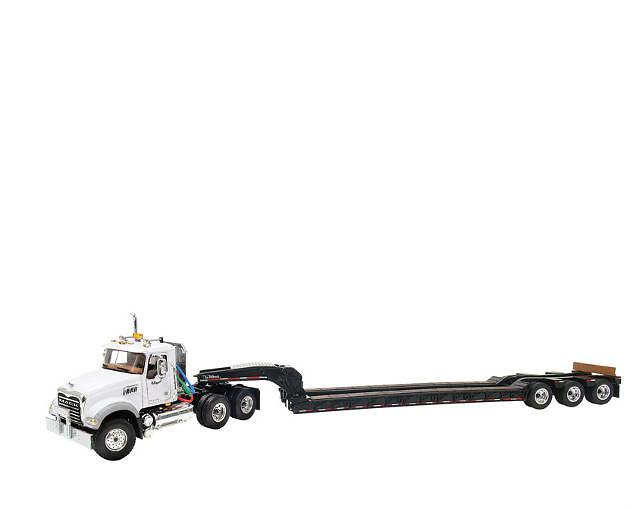 Mack Granite with Tri-Axle Lowboy Trailer First Gear 3270 escala 1/50