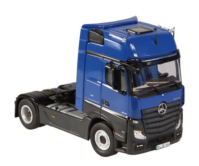 Mercedes Benz Actros FH25 Gigaspace 4x2 azul, Nzg 844/06 escala 1/50