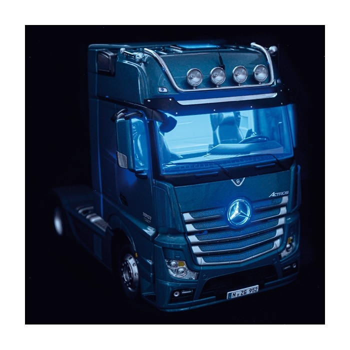 Mercedes Benz Actros Giga Space 4x2 Nzg 952