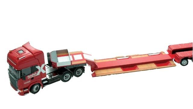 Nooteboom 2-axle Pendel-X Low-loader, loadfloor with wheel wells and Scania 6X4