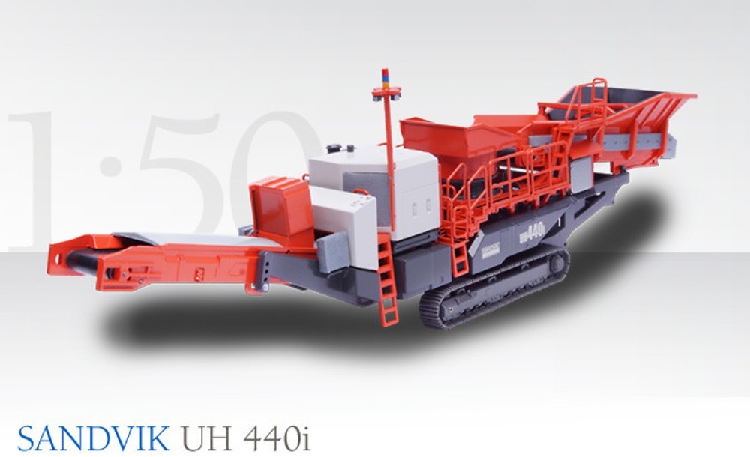 Sandvik Mobile Crushing Unit UH 440 i Conrad Modelle 2511 escala 1/50