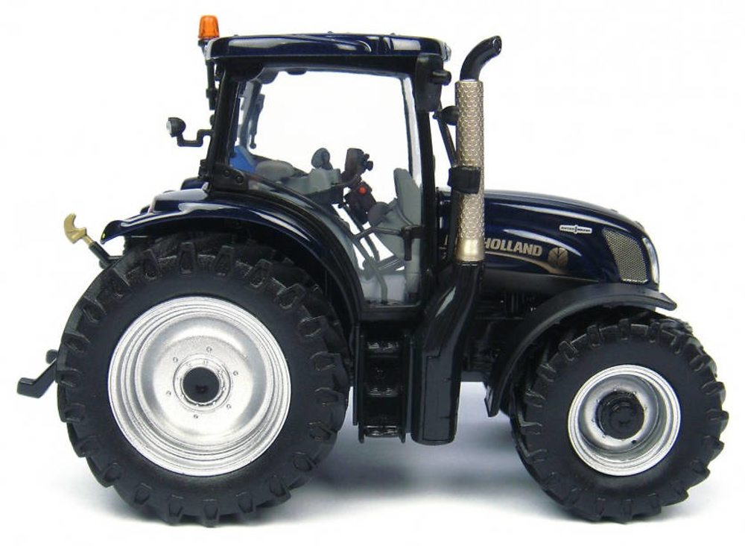 Tractor New Holland T6.100 Universal Hobbies 4272 escala 1/32