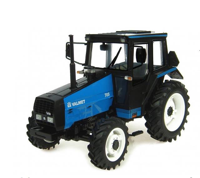 Tractor Valmet 705 Blue Universal Hobbies 4019 escala 1/32