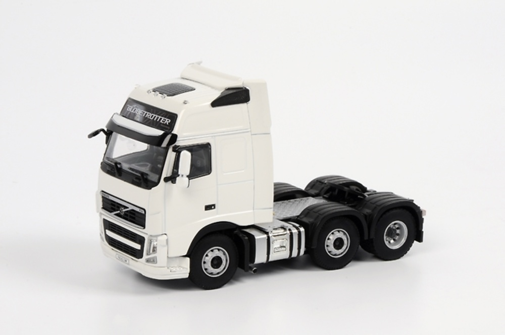 Volvo FH3 Globetrotter XL 6x2 Vol015, WSI Collectibles 1/50