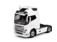 Volvo FH04 Globetrotter XL, Tekno 62281 escala 1/50
