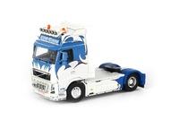 Volvo FH3 Globetrotter XL KVG Trans Wsi Models 01-1472 escala 1/50