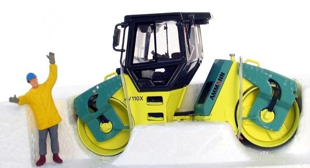 AMMANN AV 110X Compactadora Ros 1/50