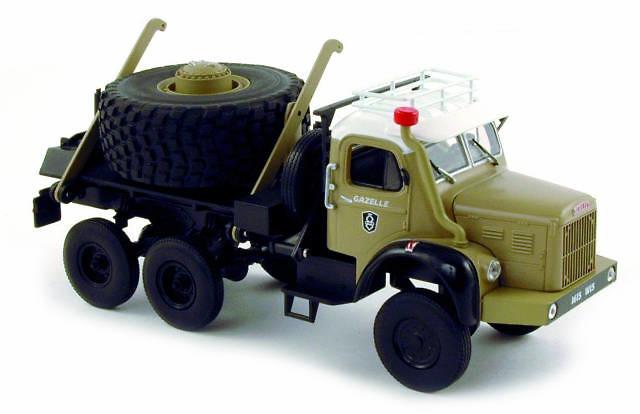 Berliet GBC Porte-roue 6X6 -1959 - Norev 690006 escala 1/43