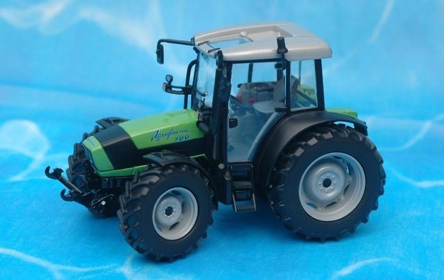 DEUTZ-FAHR Agrofarm 100 Tractor Ros Agritec 1/32 30108