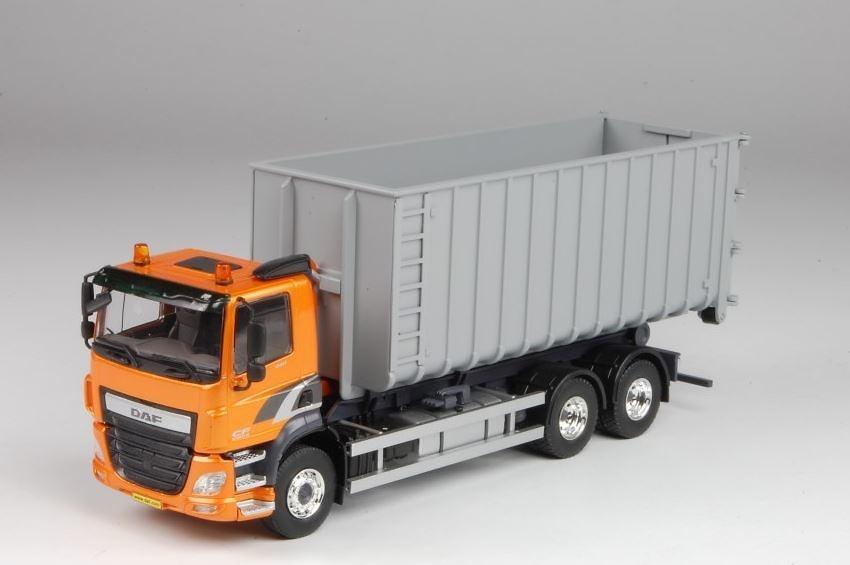 Daf CF con contenedor Tekno 67701 escala 1/50
