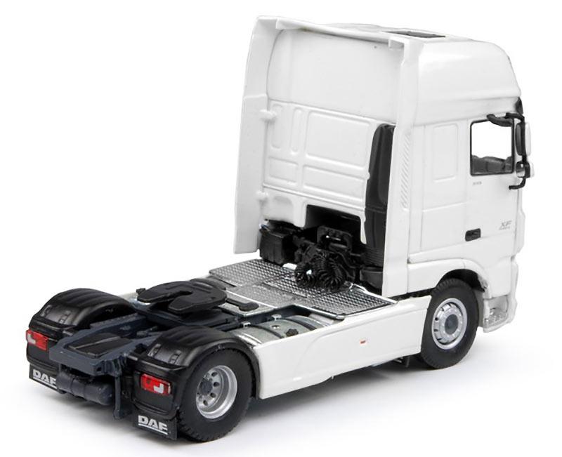 Daf Super Space Cab 4x2 Tekno 64557 escala 1/50