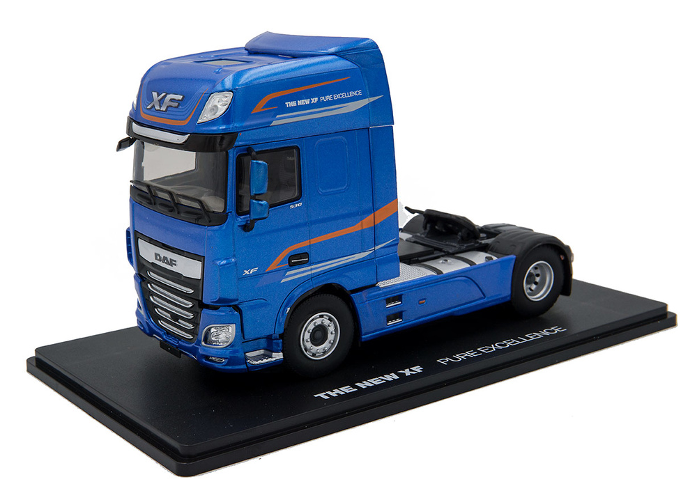 Daf XF 530 my 2017 azul metalizado Eligor 116002 escala 1/43