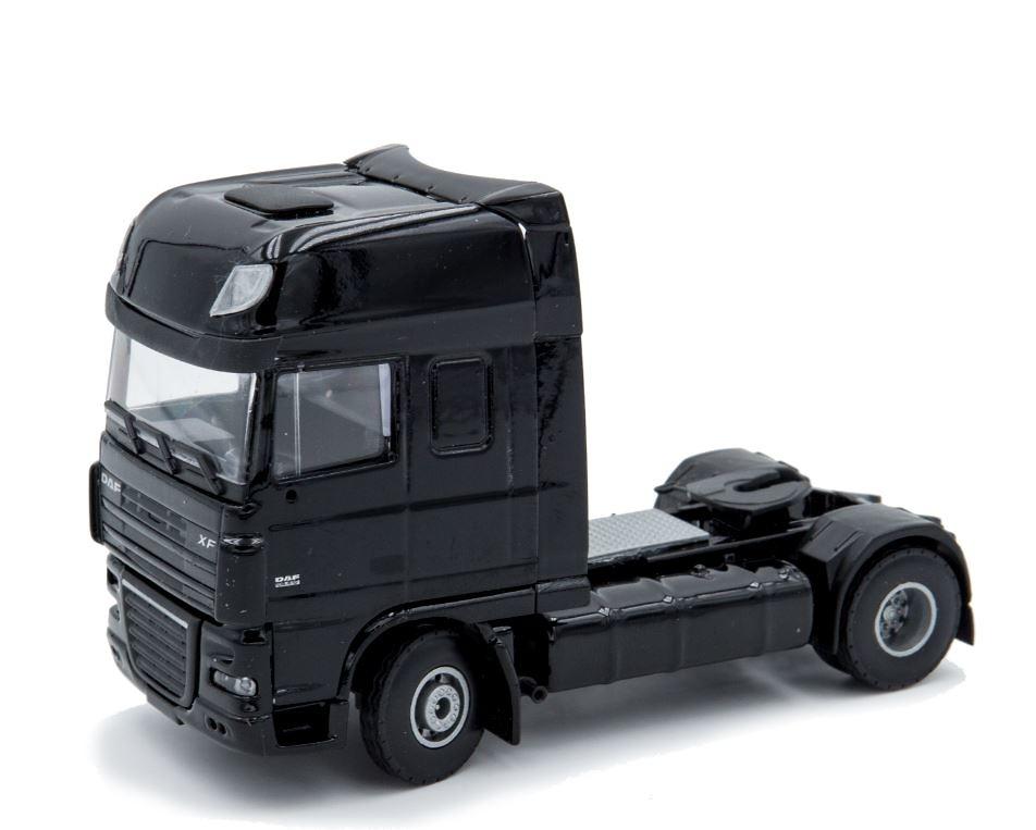 Daf XF105 SSC 4x2 negro, Lion Toys 1584 escala 1/50