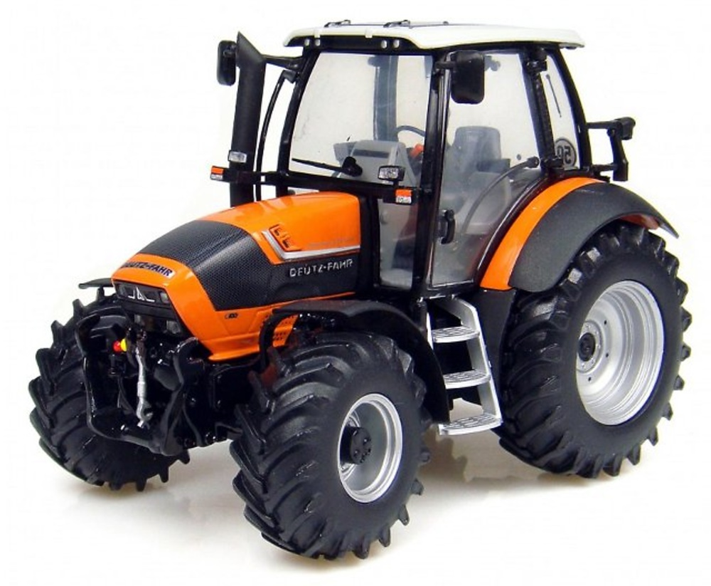 Deutz-Fahr Agrotron TTV 430, Universal Hobbies 1/32 4109