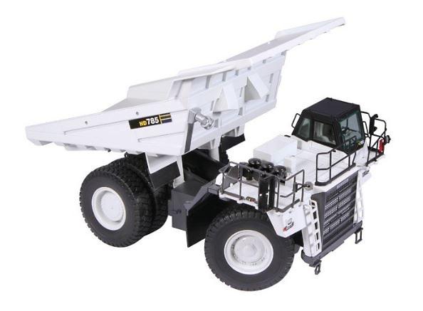 Dumper Komatsu HD785 - blanco Nzg 857/40 escala 1/50