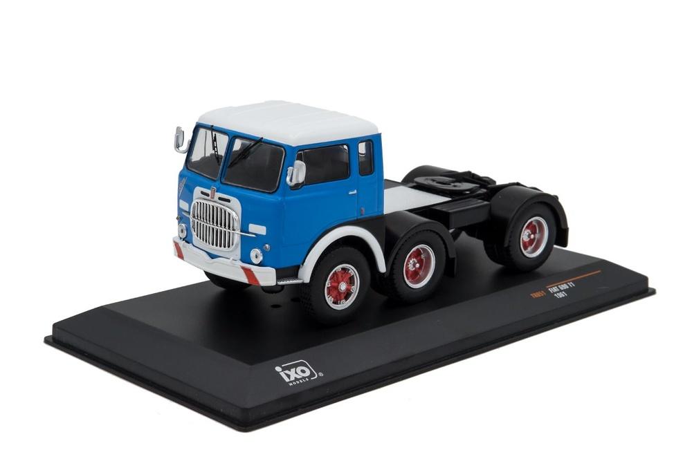 Fiat 690 T1 - Ixo Models 1/43