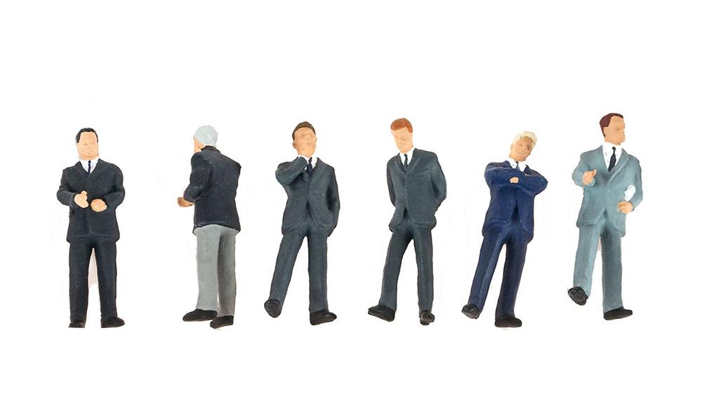 Figuras Hombres en traje, Preiser escala 1/50