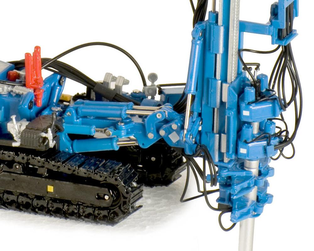 HBR 605 Hydraulic Drill RIG Ros Agritec 002104 escala 1/50