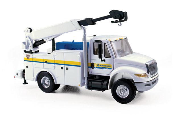 International DuraStar Service Truck New Holland, First Gear 1/50 3188