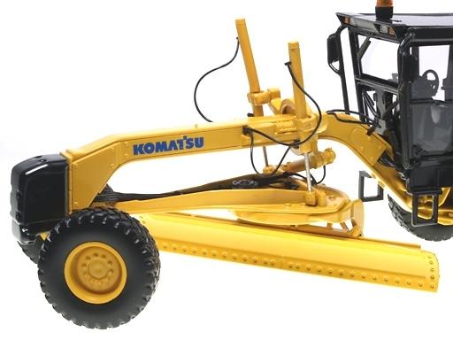 Komatsu GD655 Motoniveladora, First Gear 3062 escala 1/50
