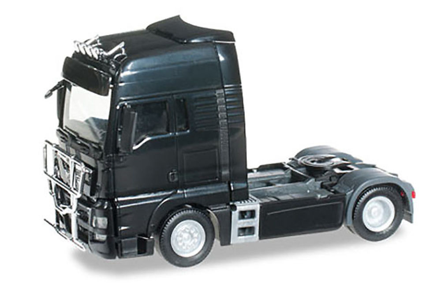 MAN TGX XXL Euro 6 cabeza tractora, negra Herpa 302029 escala 1/87
