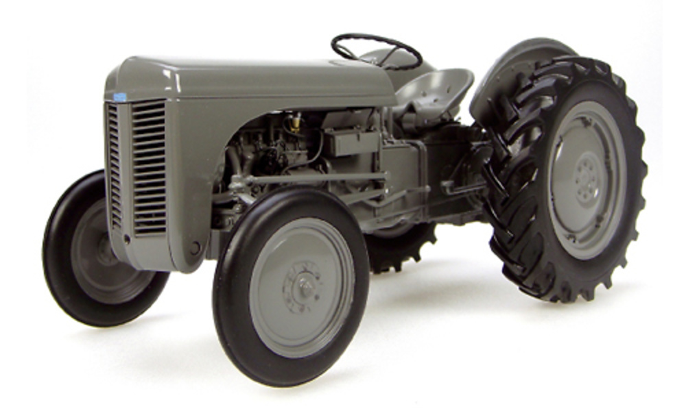 Massey Ferguson TEA 20 (1947) Universal Hobbies 1/16