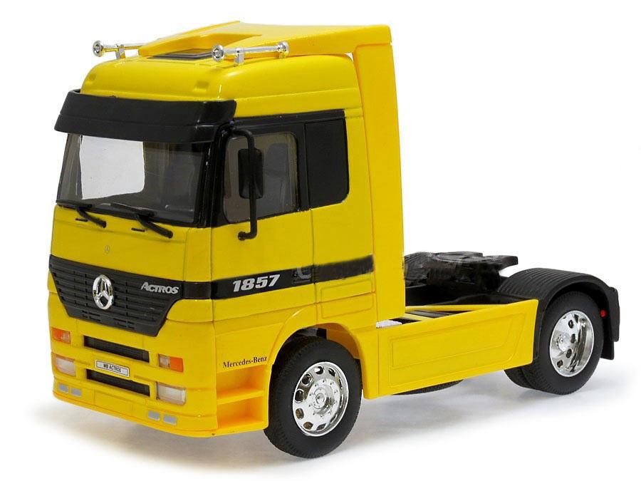 Mercedes Actros 1857 amarillo Welly 32280W escala 1/32