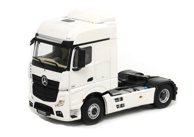 Mercedes-Benz Actros Big Space Wsi Models 03-1134 escala 1/50