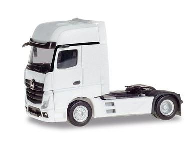 Mercedes-Benz Actros Gigaspace Herpa 309202 escala 1/87