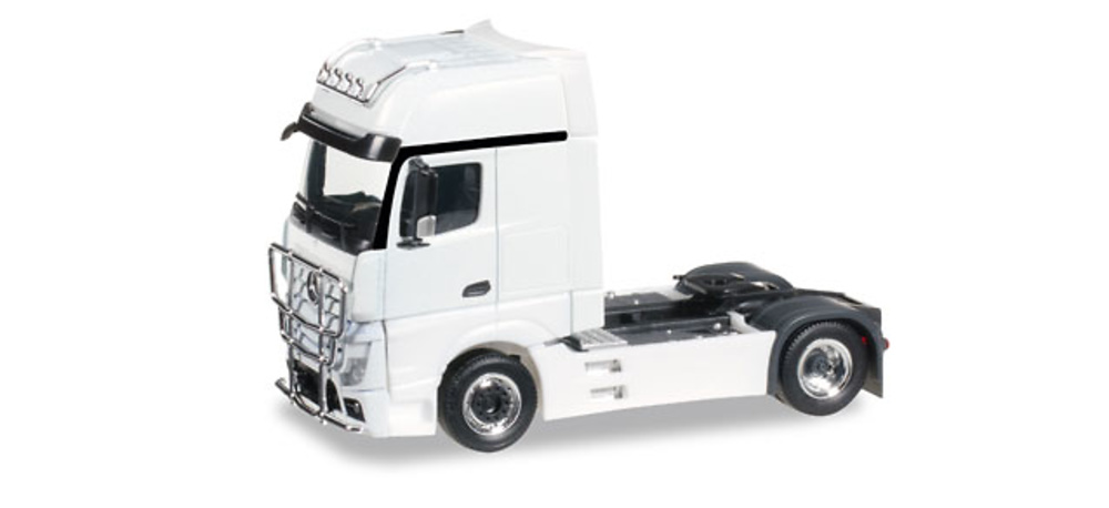Mercedes-Benz Actros Gigaspace con defensa Herpa 301664-004