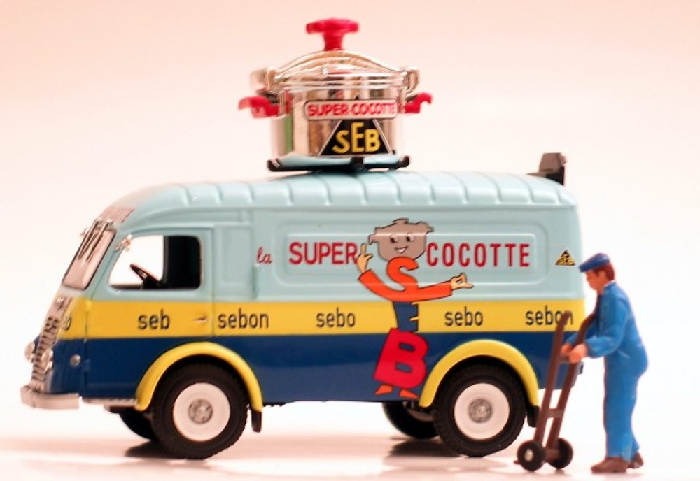 Renault Super Cocotte 1000 Kg. Seb (1954) Norev 518555 1/43