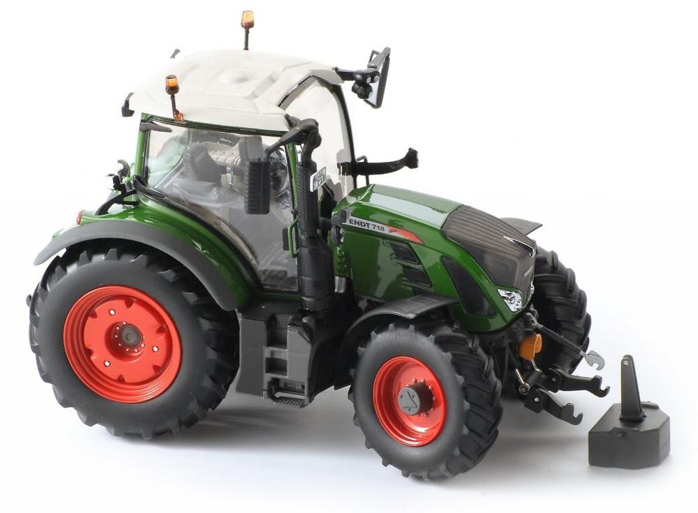 Tractor Fendt 718 Vario Ros Agritec 30185 escala 1/32