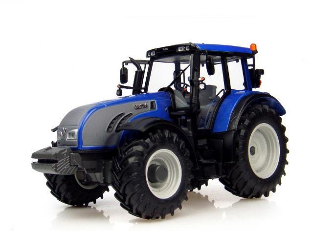 Tractor Valtra T Series 2011 Metallic Blue Universal Hobbies 4079 escala 1/32