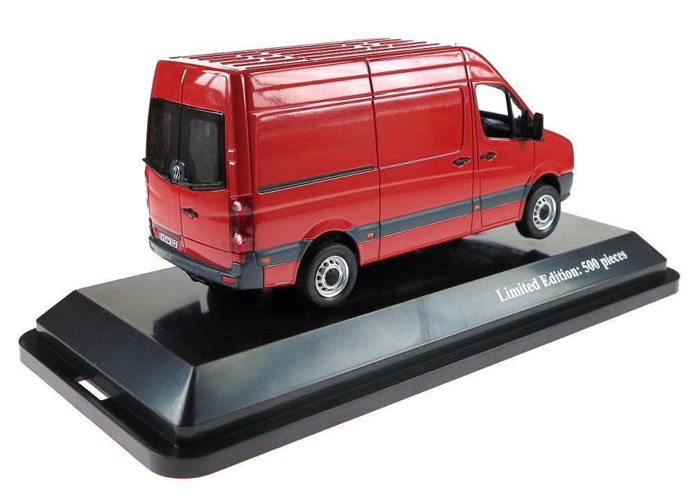 VW Crafter caja cerrada Premium Classixxs 13700