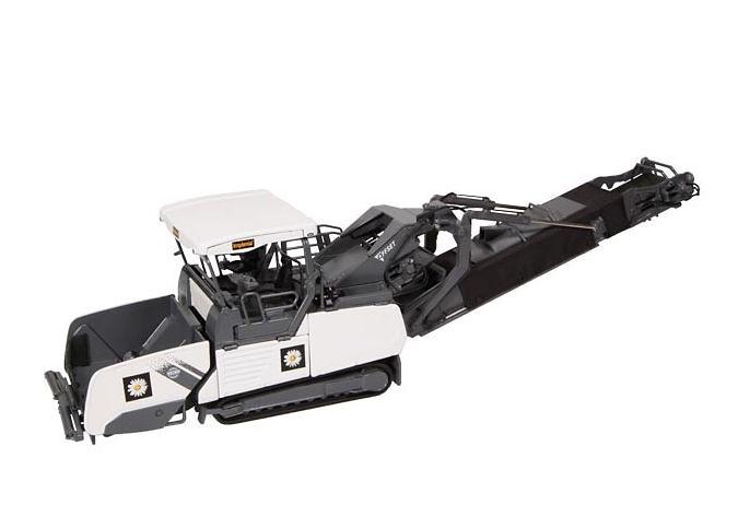 Voegele MT3000-2i power feeder Implenia, Nzg 1/50 840/03