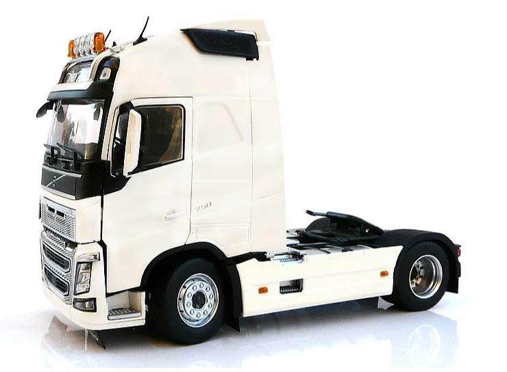 Volvo FH16 4x2 Marge Models 1810-01 escala 1/32