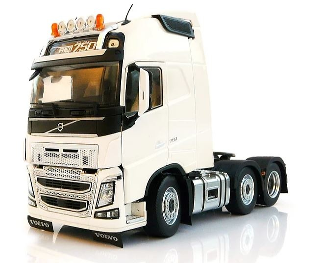 Volvo FH16 6x2 Marge Models 1811-01 escala 1/32