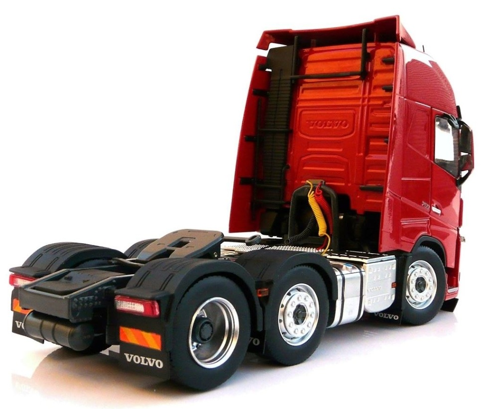 Volvo FH16 6x2 Nooteboom Marge Models 1811-03 escala 1/32