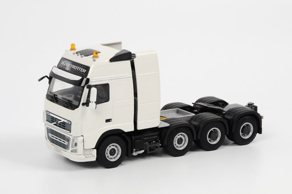 Volvo FH3 Globetrotter XL 8x4 Vol017, Wsi Collectibles 1/50