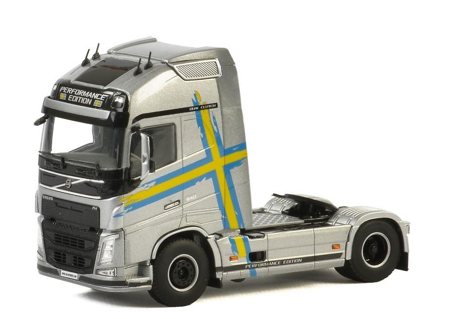 Volvo FH4 Globetrotter Performance edicion Wsi Models 04-2060 escala 1/50